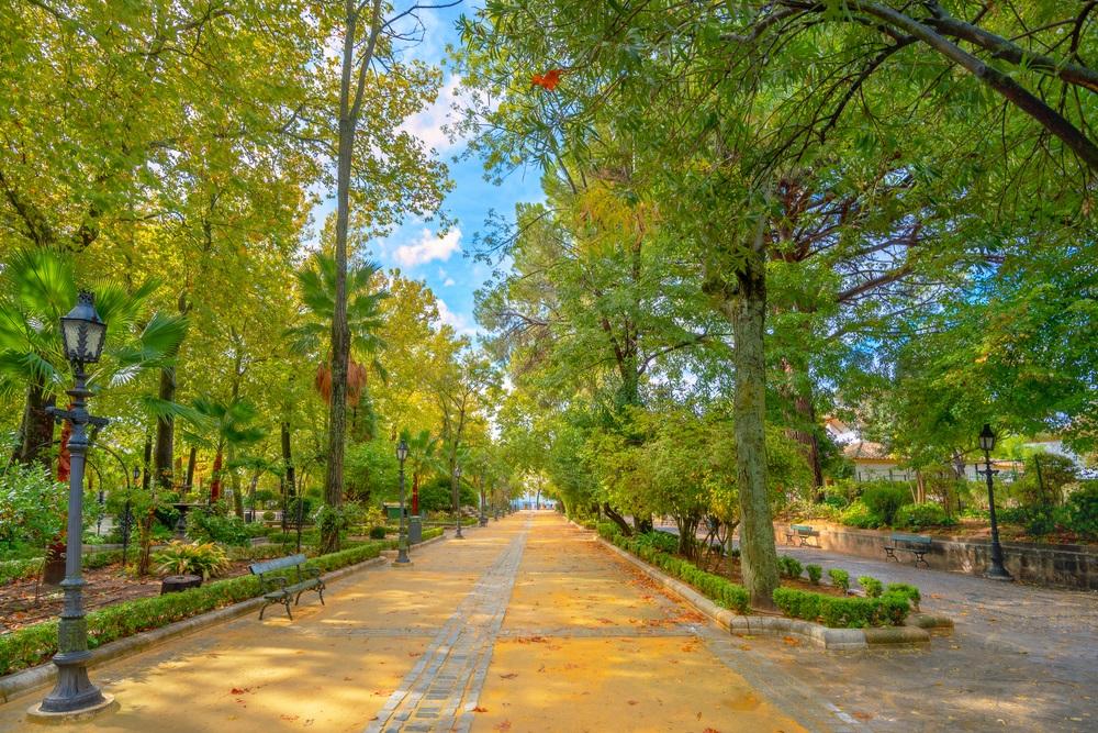Alameda del Tajo openbaar stadspark in Ronda. Andalusië, Spanje.