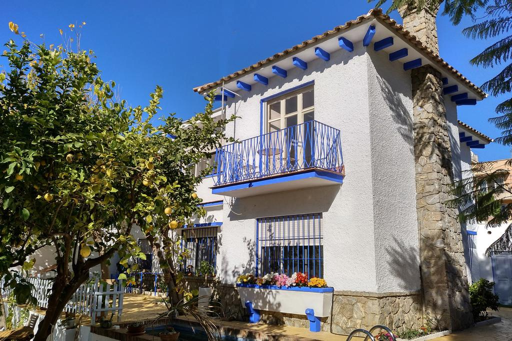 B&B Blue Castle, Malaga. Bed and breakfast in Andalusië, Spanje.