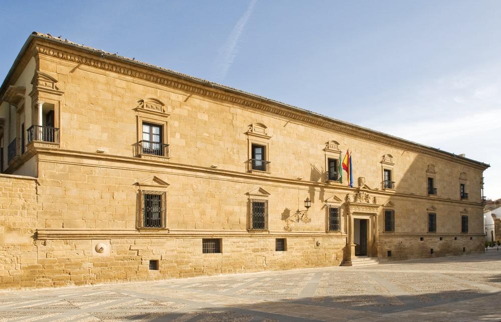Parador 16e eeuws Hotel Ubeda Andalusië Spanje. Paradores reizen.
