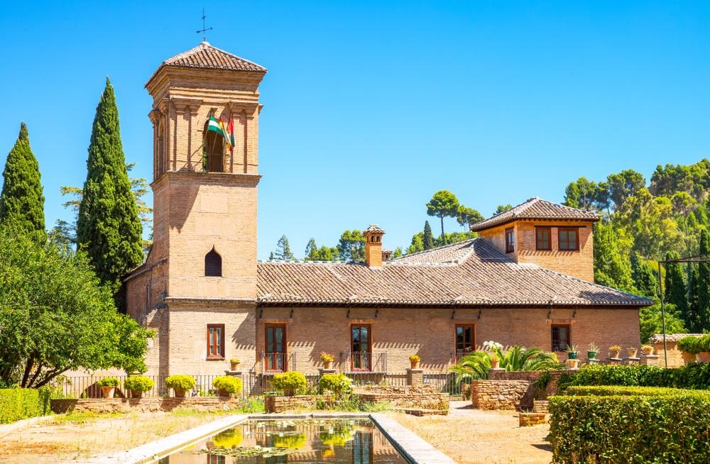 Spanje, Granada, de Parador van het Alhambra. Paradores hotels in Andalusië, Spanje.